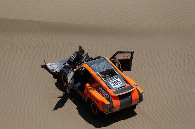 continuam os problemas de Robby Gordon no Dakar 2014 -  Foto: Dakar.com