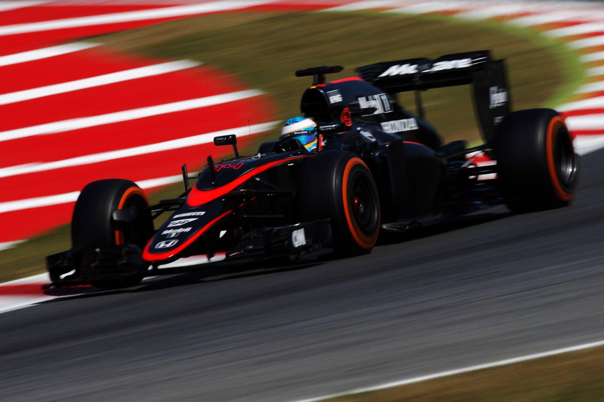 Mclaren de Fernando Alonso mostra evolução