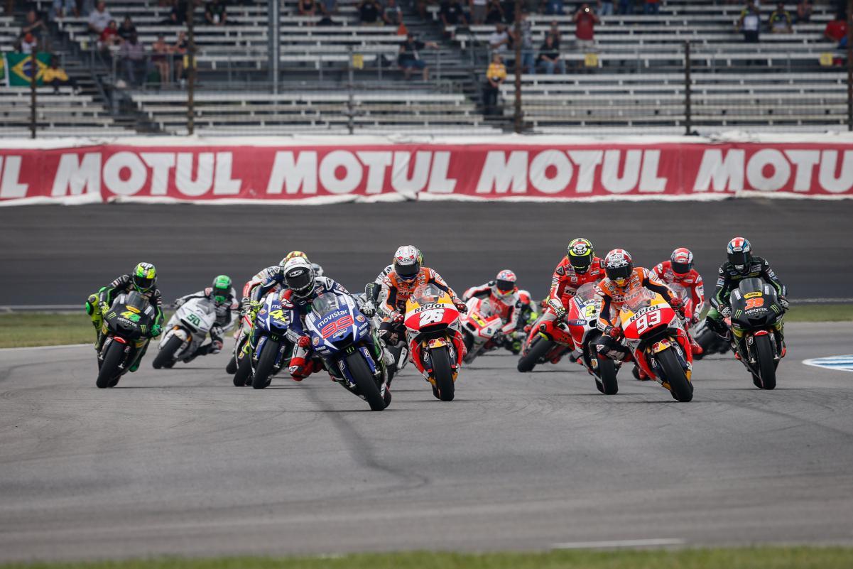 O Único momento em que se pensou que teriamos mais pilotos na disputa pela vitória foi na largada e depois foi um passeio das motos oficiais da Honda e Yamaha