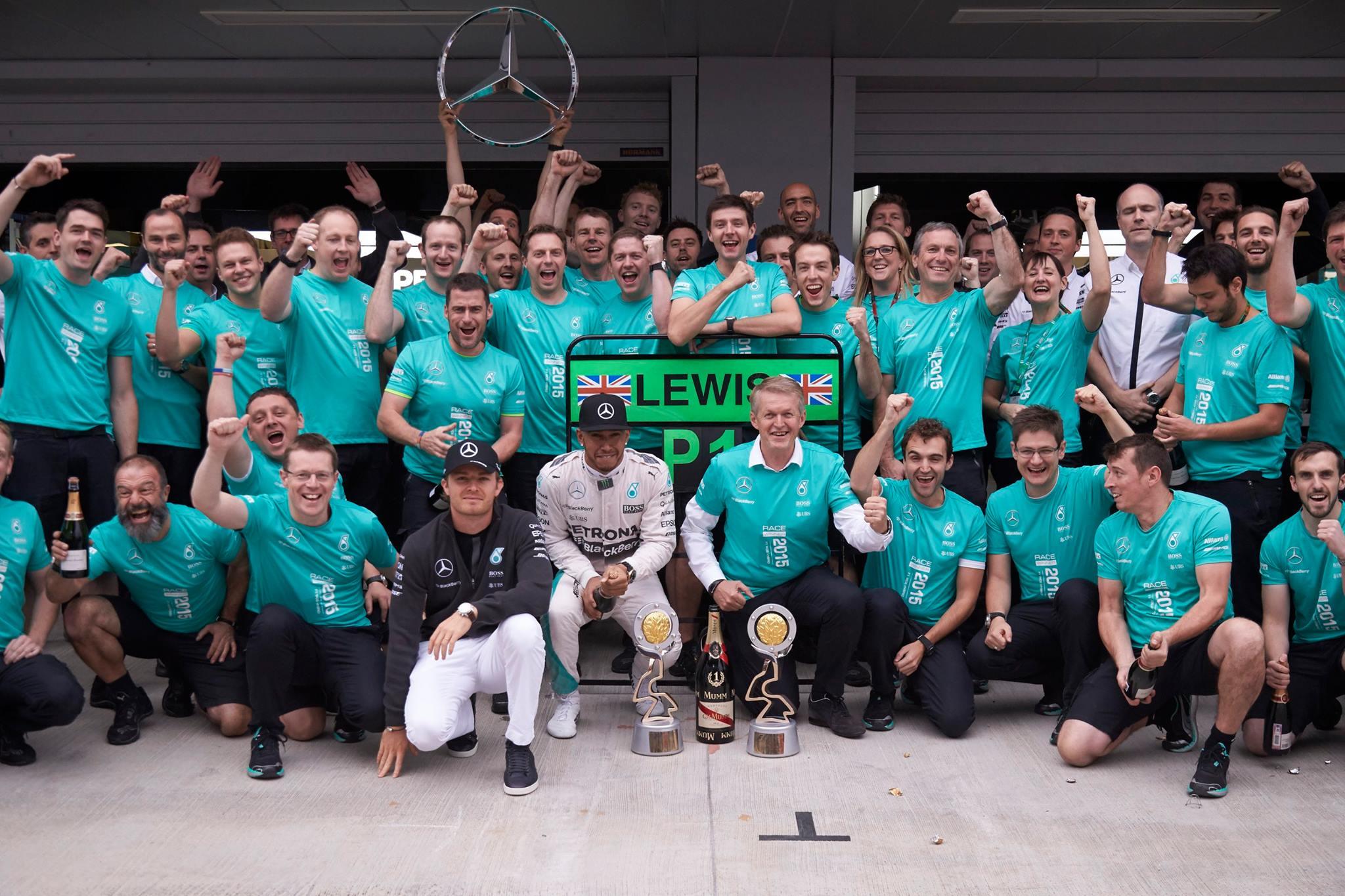 Mercedes Campeão dos Construtores de 2015