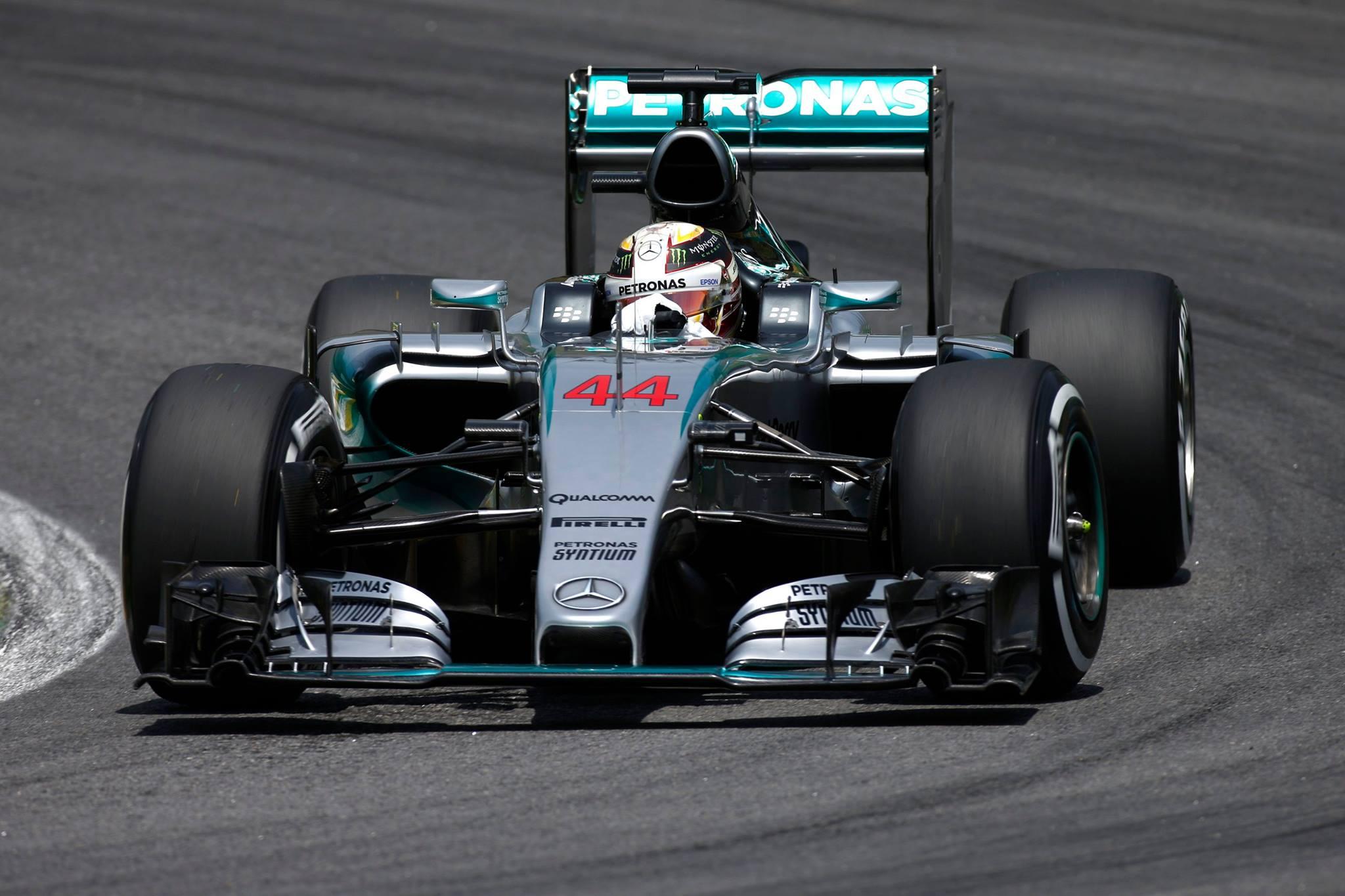 Hamilton Buscou a vitória