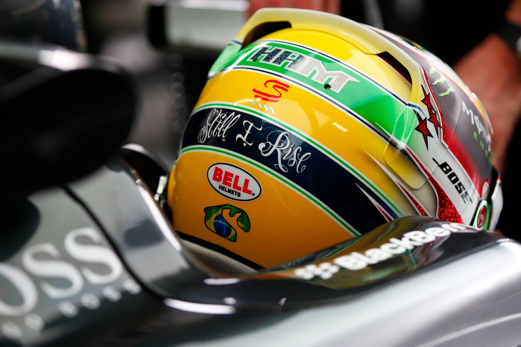 Capacete do Hamilton em Homenagem a Ayrton Senna usado em Interlagos nesse final de semana.