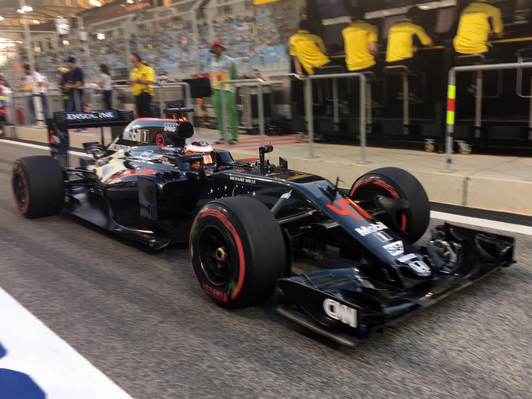Um belo final de semana para Vandoorne que leva a Mclaren-Honda pela primeira vez a pontuação em 2016.