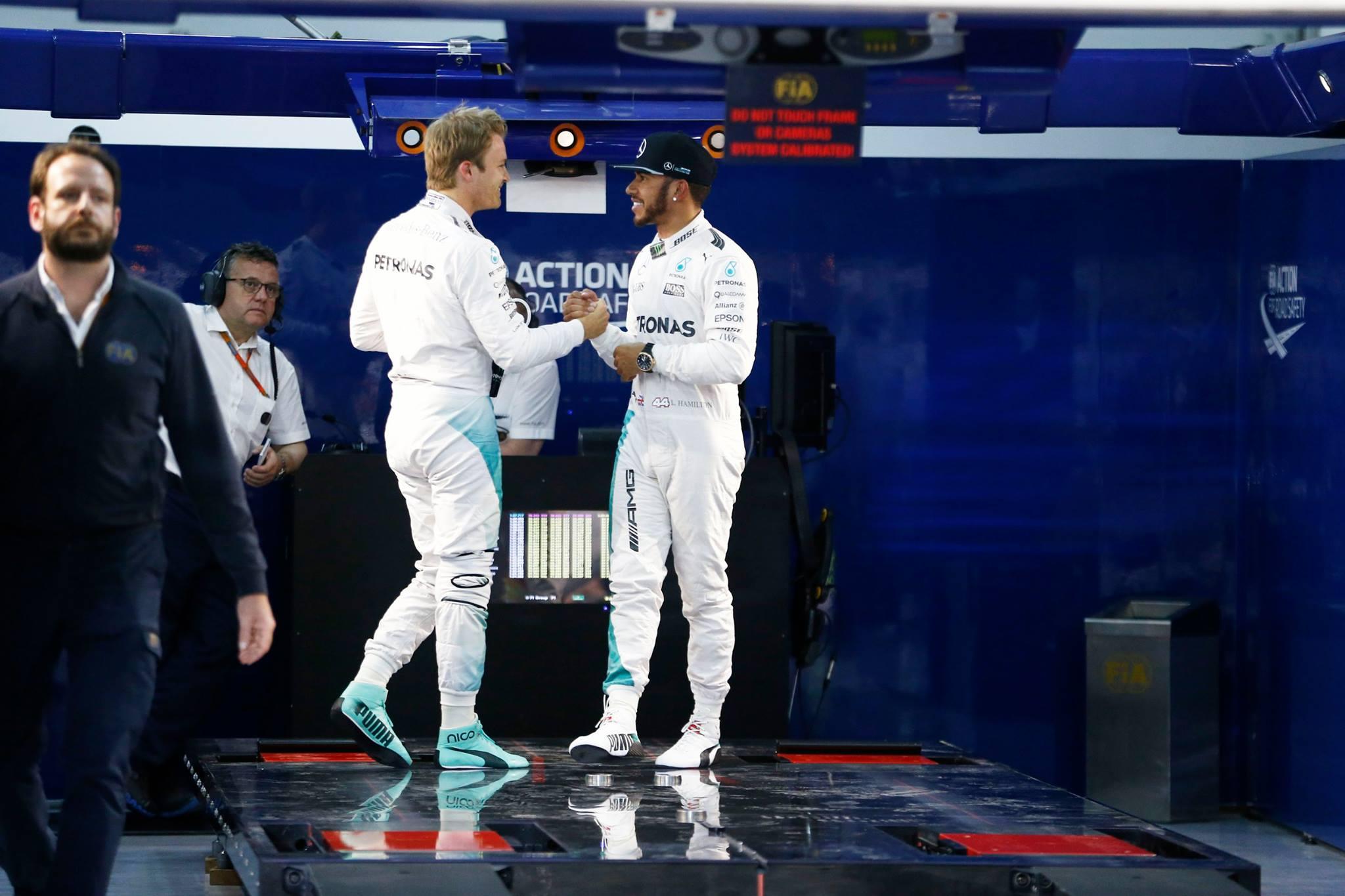 Dupla da Mercedes comemora primeira fila no Grid do Bahrein