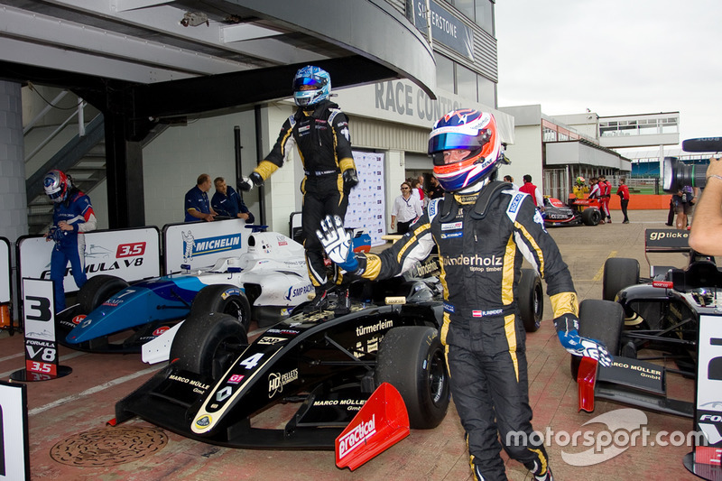 formula-v8_silverstone-2016-5